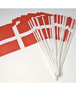 Dannebrogsflag i plastik 10 stk (20 x 25 cm)