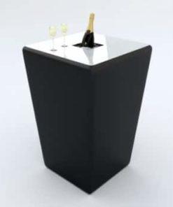 sort konisk barmodul med hvid bordplade og champagne